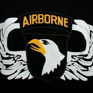 Army T-shirt Black 101st Airborne, Large Logo