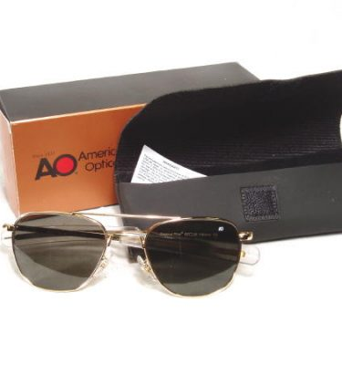 American Optical Pilot Sunglasses Gold Bayonet 57mm